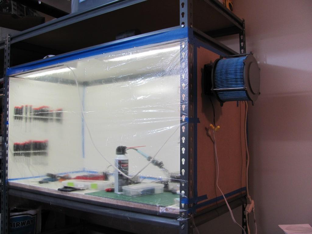 Clean Room: This New Lab: DIY Cleanroom
